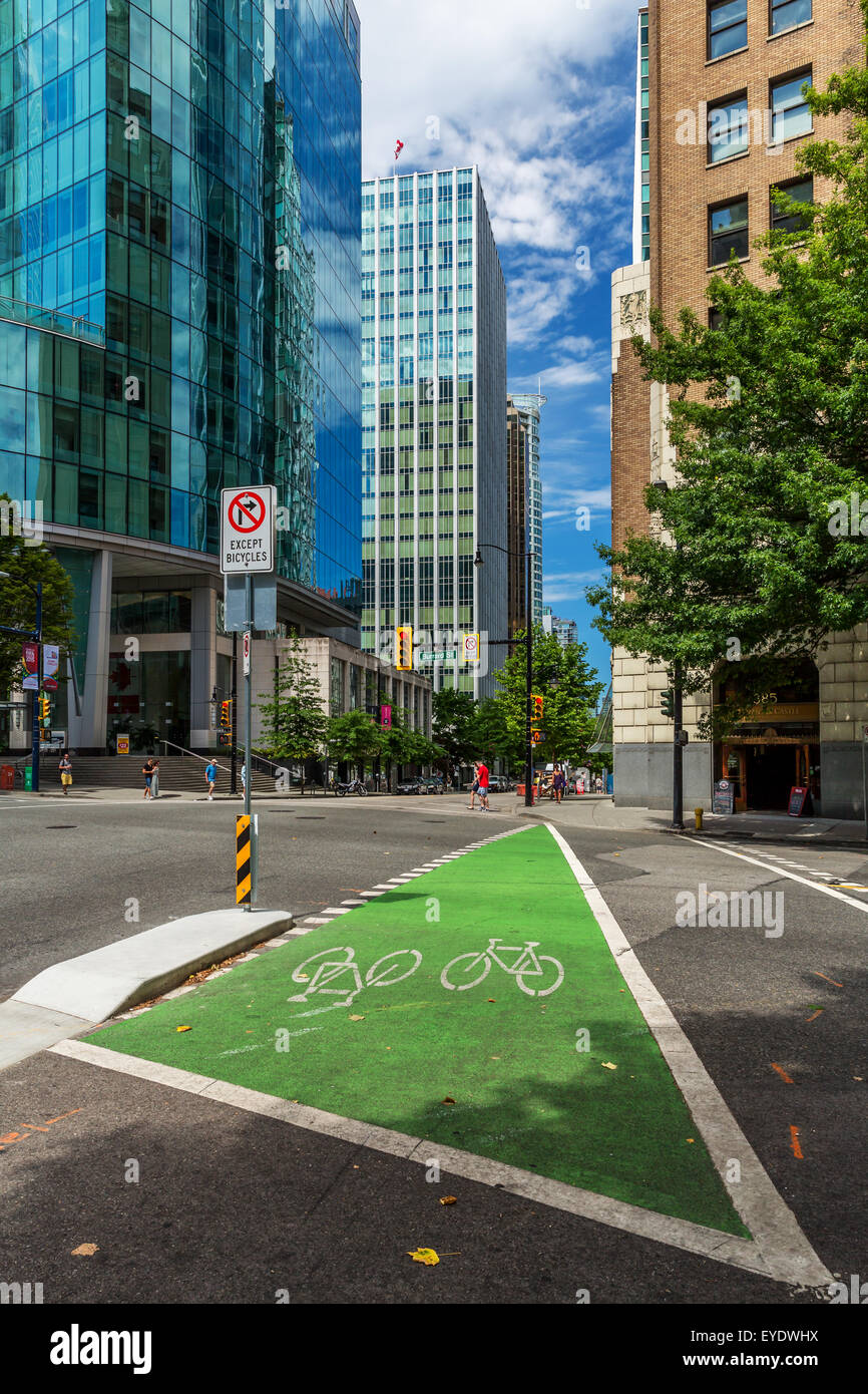 Cycle path, downtown Vancouver, BC, Canada - Stock Image