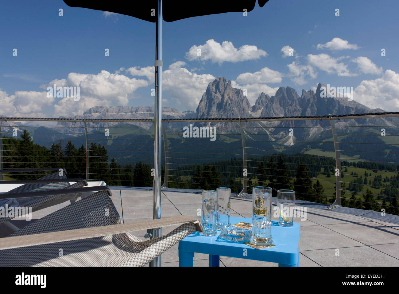 Cable Car Drink: Ortisei Cable Car Stock Photos & Ortisei Cable Car Stock