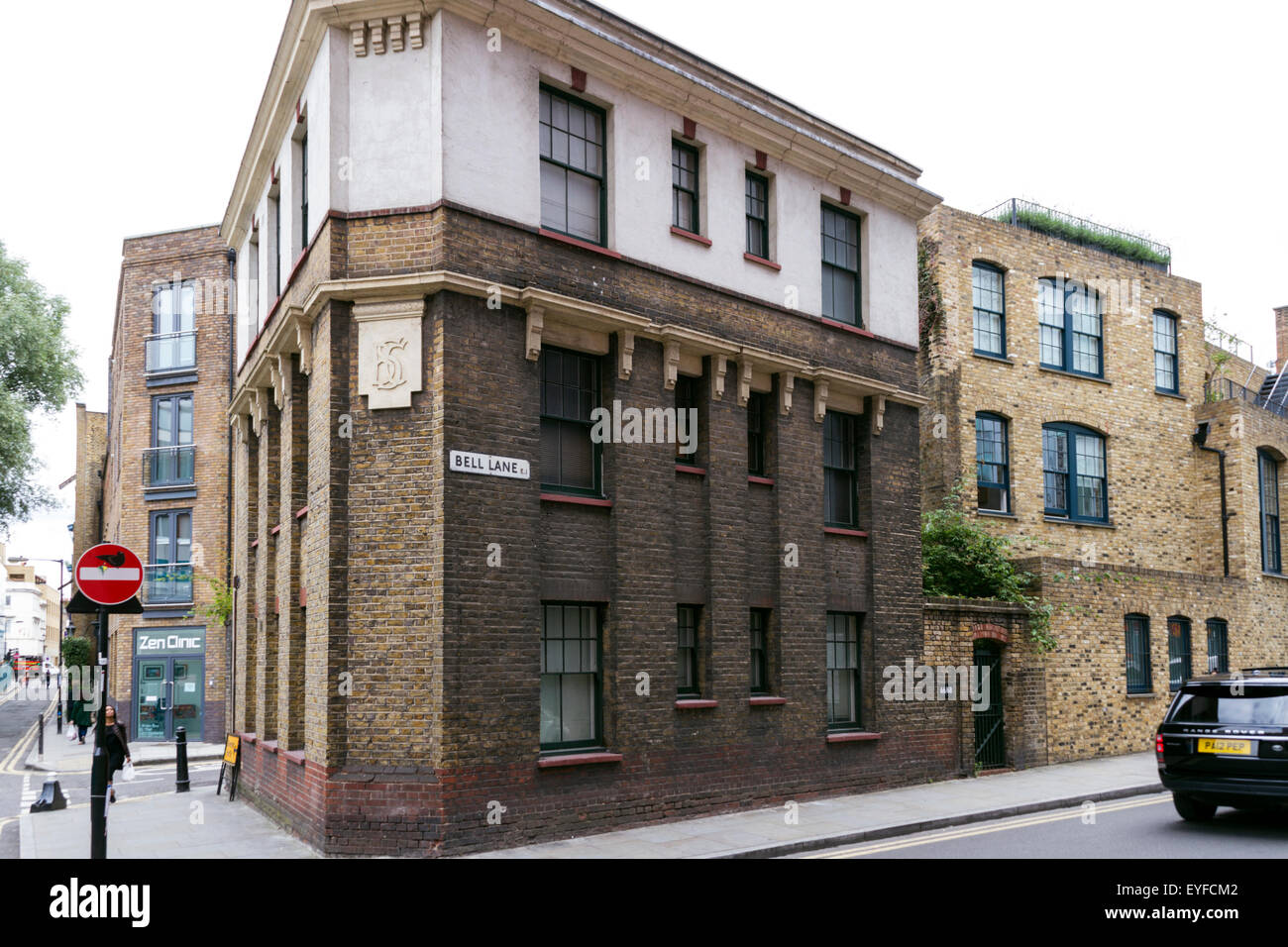 London, UK. 27th July, 2015. 66-68 Bell Lane. Controversy surrounds Turner Prize winning artist Tracy Emin's plans - Stock Image