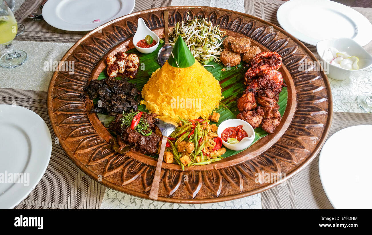 Special Malay food served at Mamanda restaurant in the Kampong Glam (Arab) district of Singapore. - Stock Image