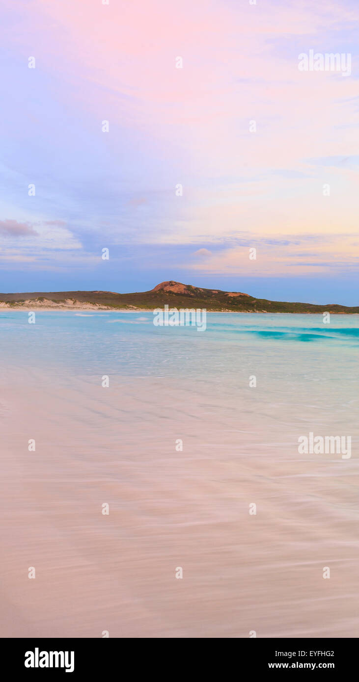 Lucky Bay beach at sunset in Cape Le Grand National Park, near Esperance, Western Australia Stock Photo