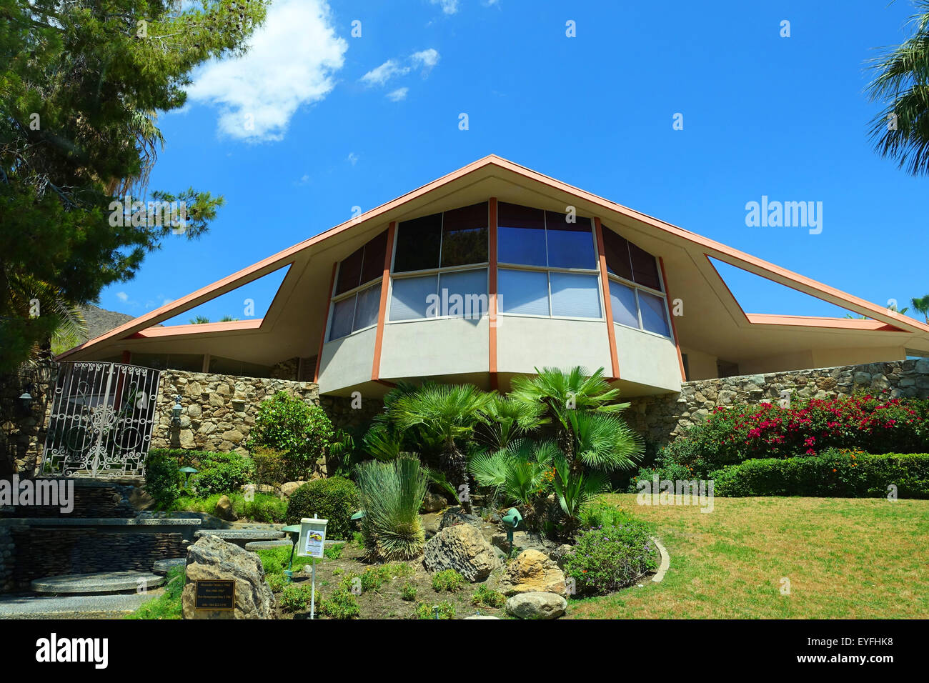 Mid-century modern home in Palm Springs, California occupied by newlyweds Elvis and Priscilla Presley. ( Honeymoon - Stock Image