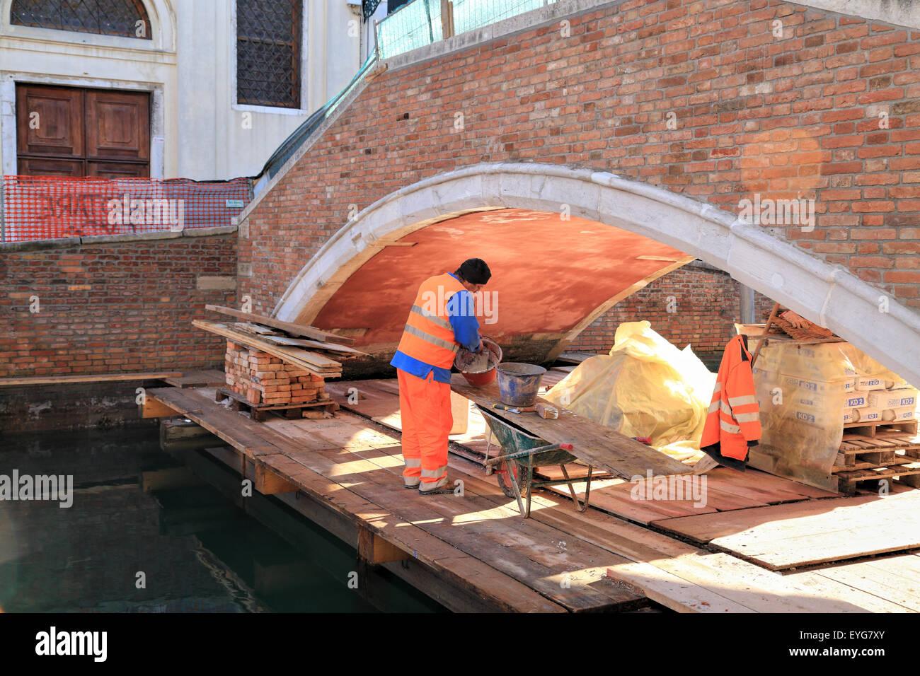 Ponte del Soccorso. Rio Dei Carmini, Construction works on bridge of Venice Stock Photo