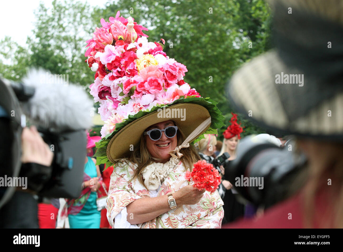 Ascot, United Kingdom, quirky woman with hat at the races - Stock Image