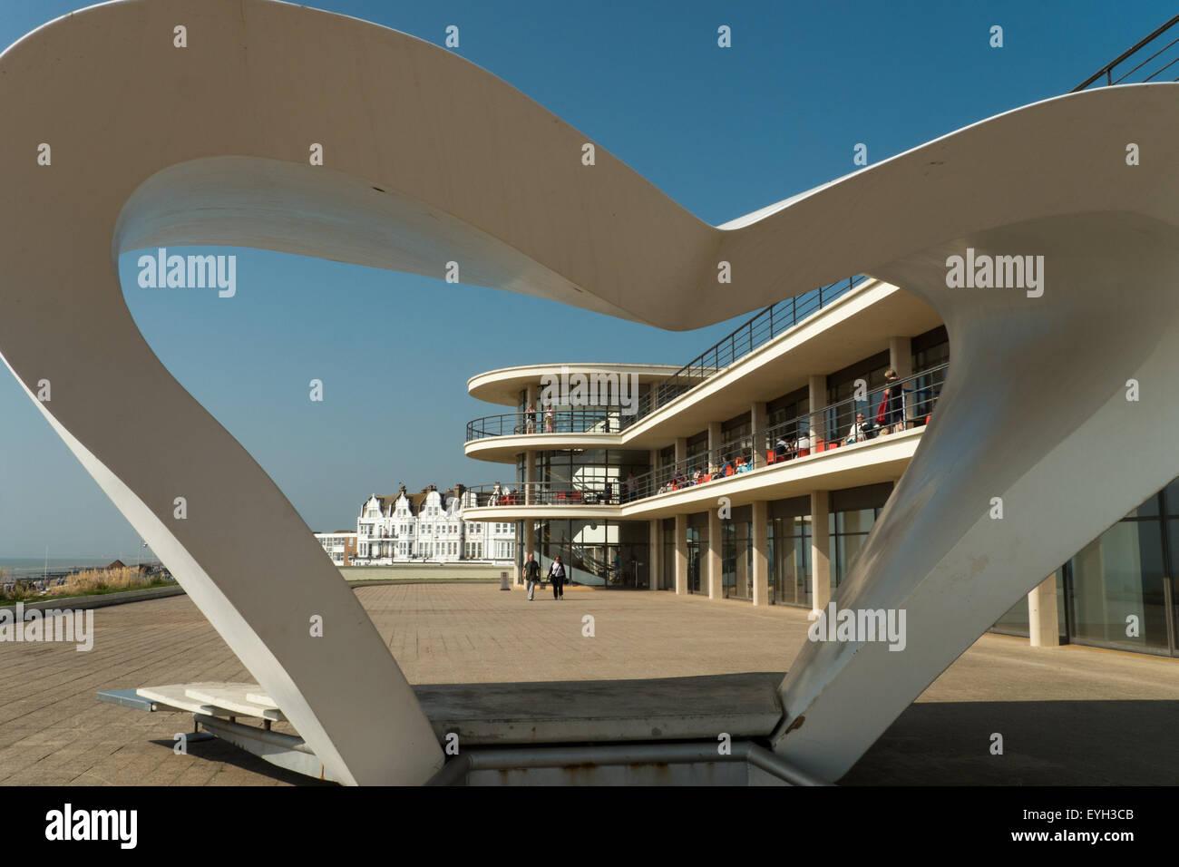 The Famous 1930's De La Warr Pavilion with Modernist Sculpture, Bexhill-on-Sea, East Sussex, England - Stock Image