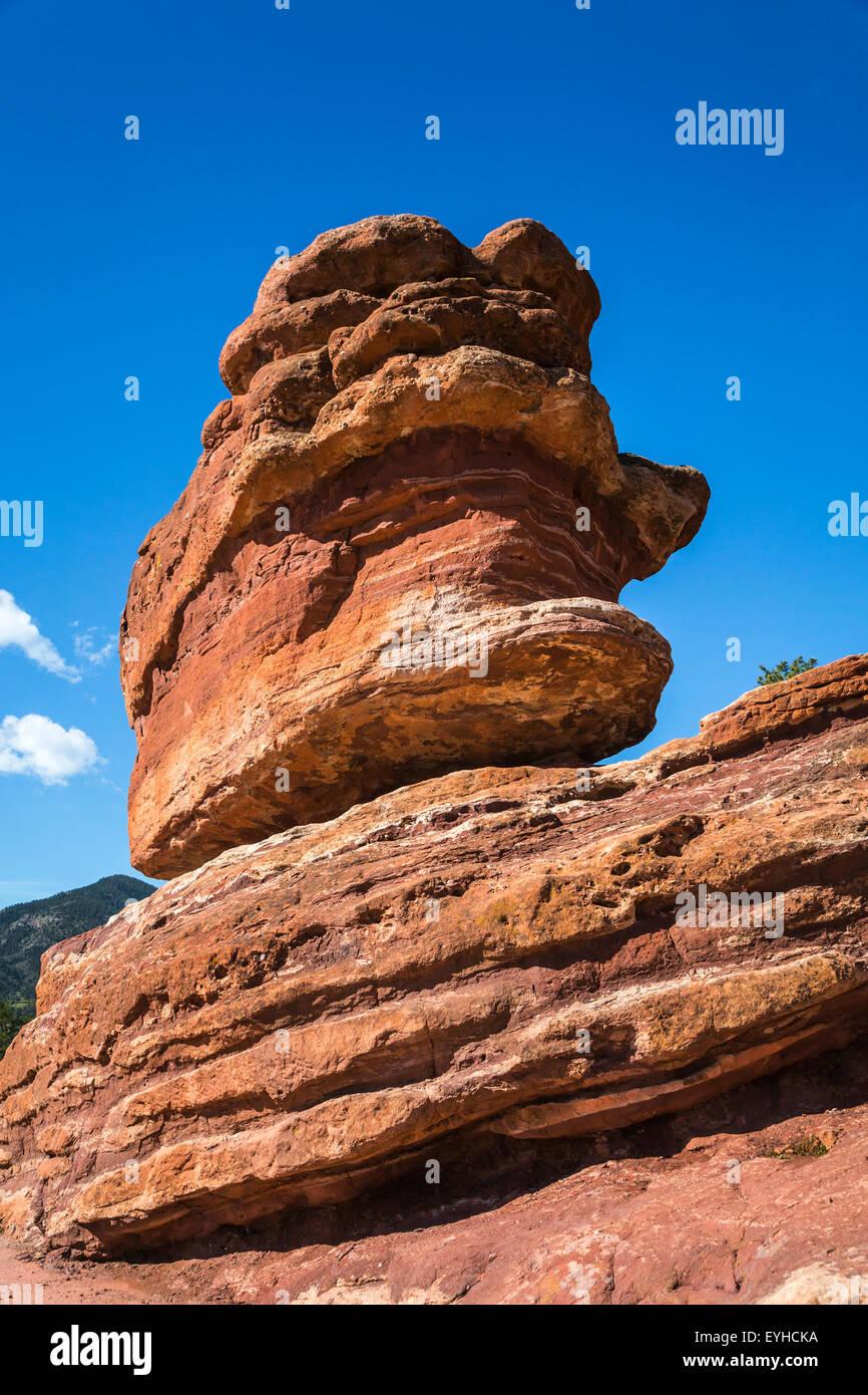 Balanced Rock in the Garden of the Gods National Natural Landmark near Colorado springs, Colorado, USA. - Stock Image