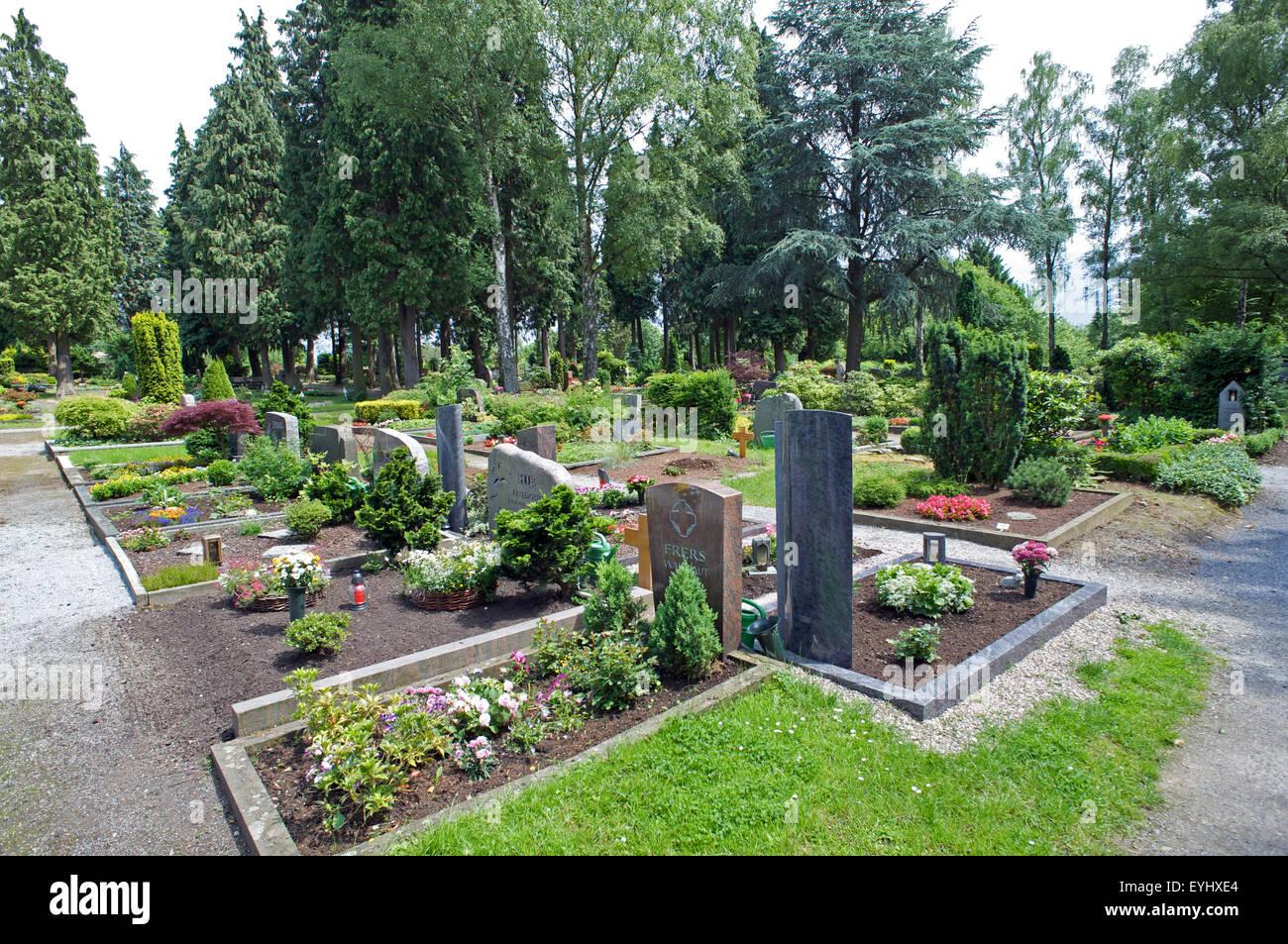 Graveyard, Bergisch Neukirchen, North Rhine-Westphalia Germany - Stock Image