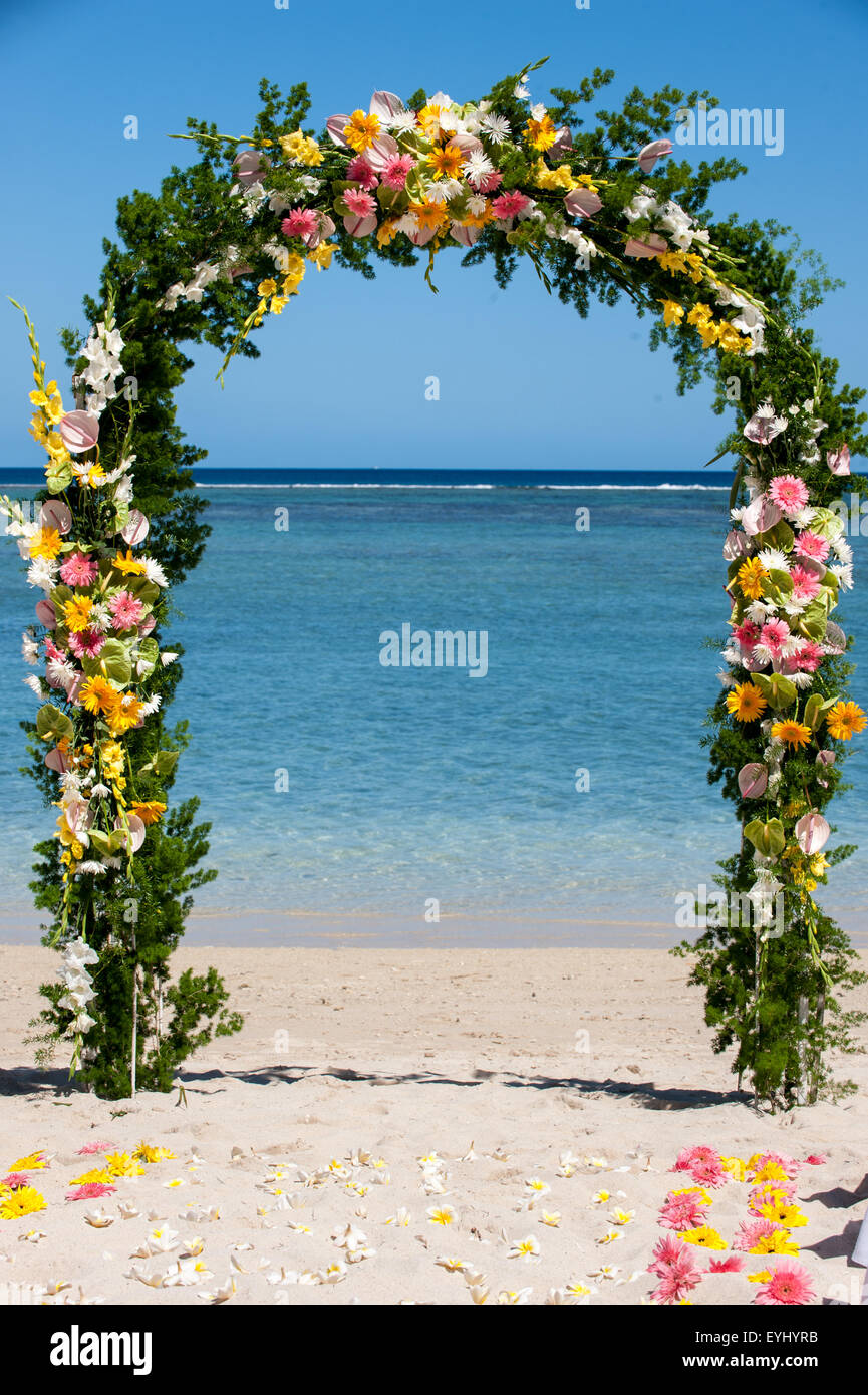 Mauritius. Wedding  flower arch by the sea. - Stock Image