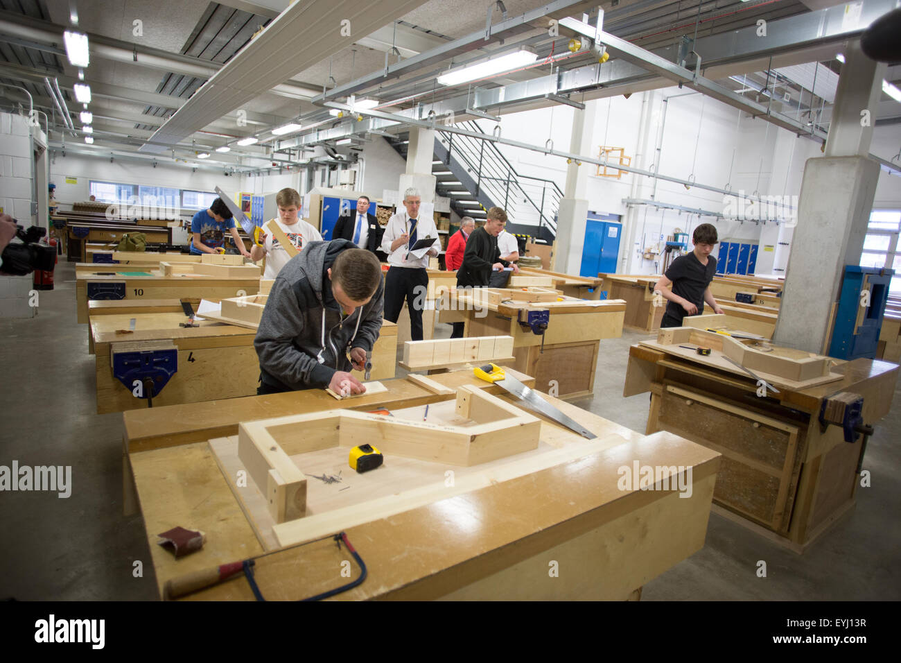 a woodwork class at Bolton College - Stock Image