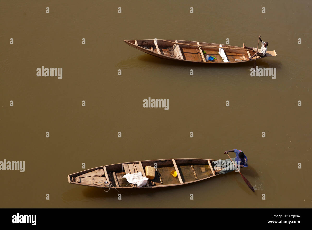 Africa, Cameroon, North Province, Garoua area, pirogues on the river Benoué - Stock Image