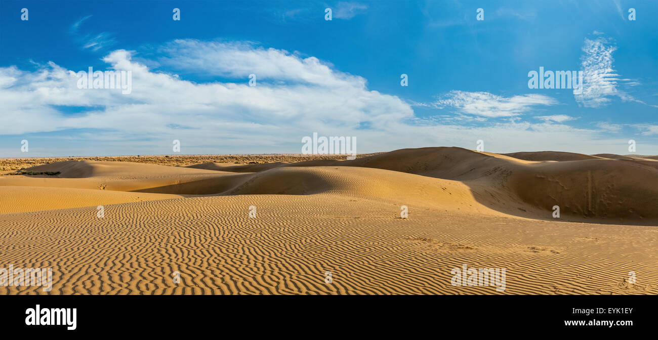 Panorama of dunes landscape with dramatic clouds in Thar Desert. Sam Sand dunes, Rajasthan, India - Stock Image
