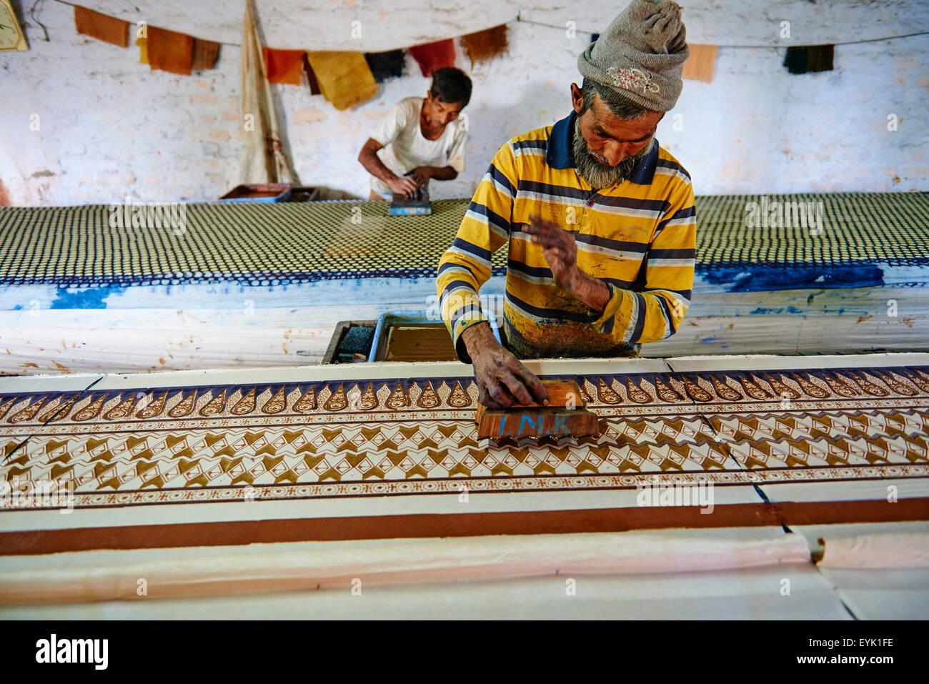 India, Gujarat, Kutch, Bhuj, technic for textile printing, Block printing - Stock Image