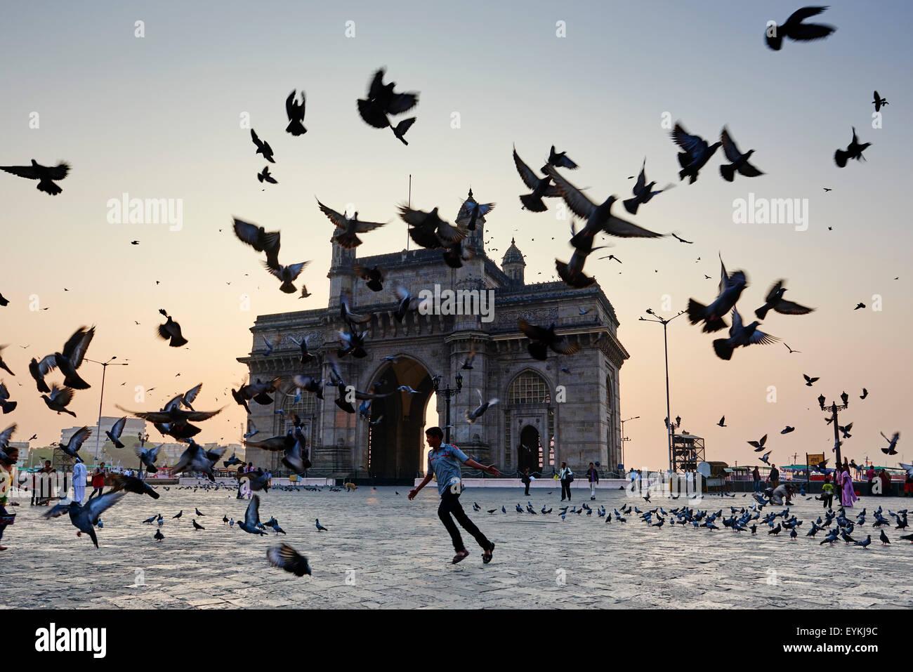 India, Maharashtra, Mumbai (Bombay), Gateway of India - Stock Image