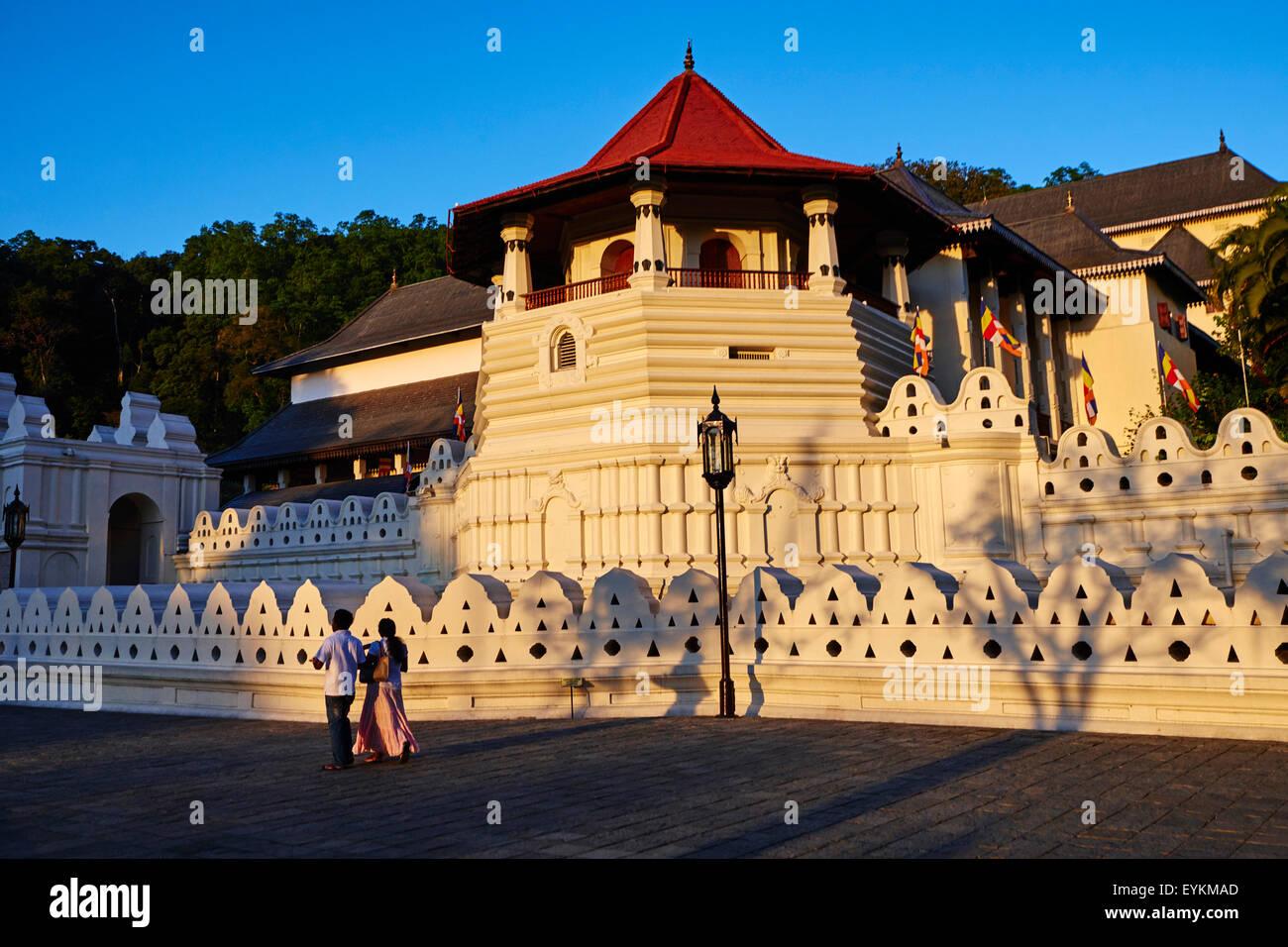 Sri Lanka, Ceylon, North Central Province, Kandy, UNESCO World Heritage city, Tooth's temple Stock Photo