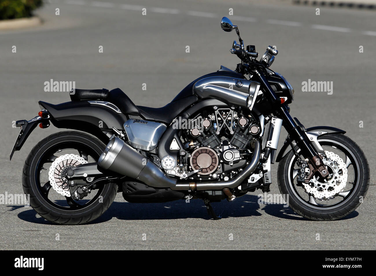Motorcycle, Speedbike, Yamaha Vmax, standing, lateral view