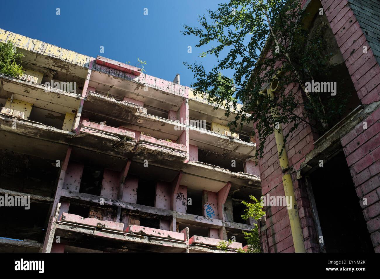 1992-95 civil war destroyed buildings, Sarajevo, Bosnia and Erzegovina - Stock Image