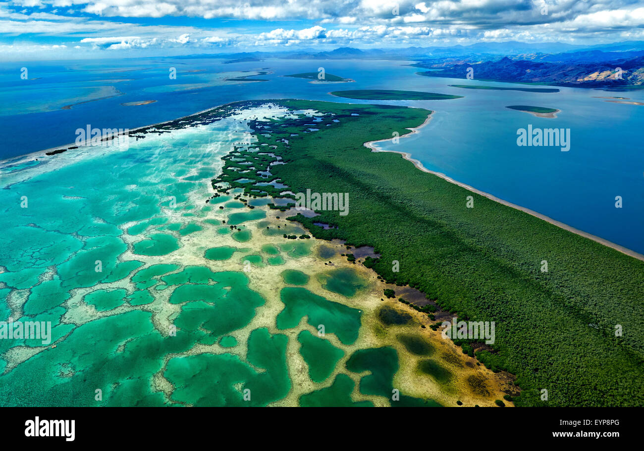 Coral reef network and lagoon in northern Fiji - Stock Image