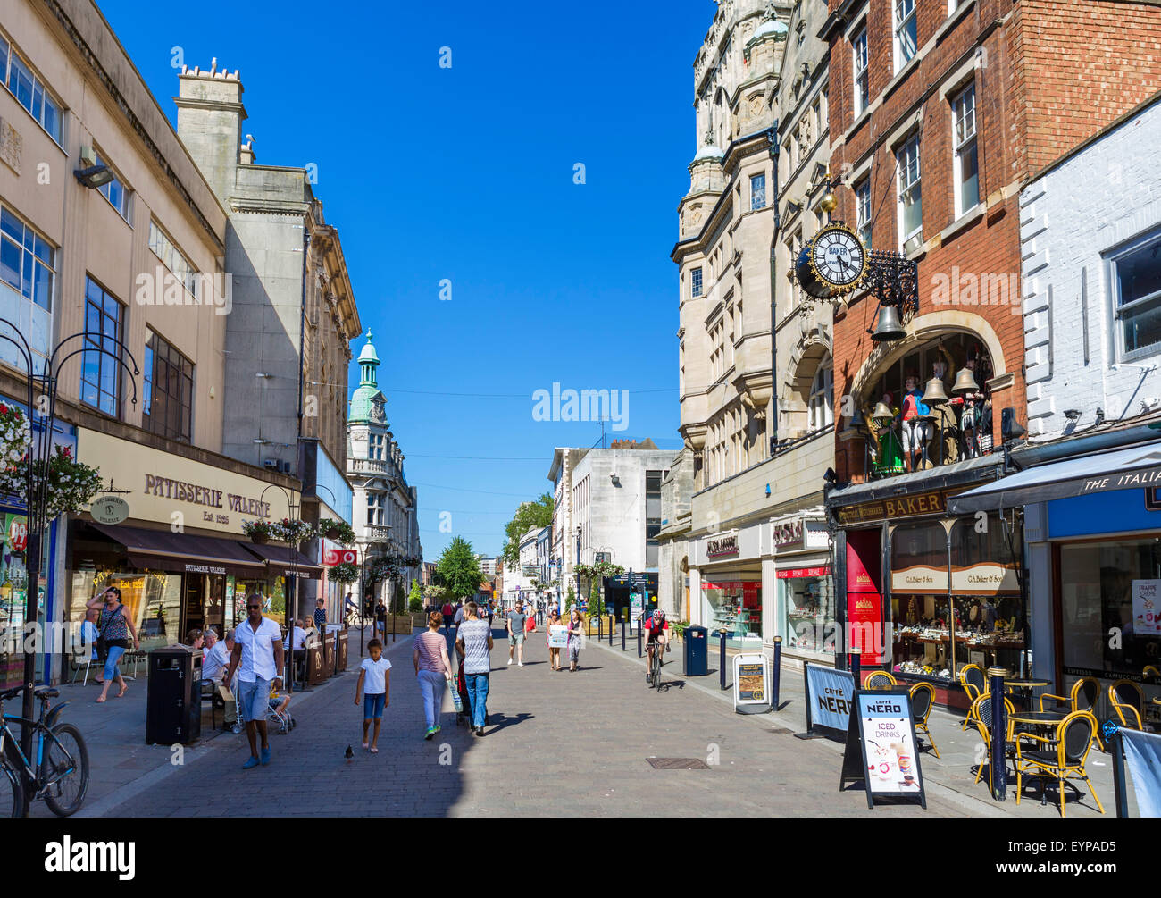 Shops on Southgate Street in the city centre, Gloucester, Gloucestershire, England, UK - Stock Image