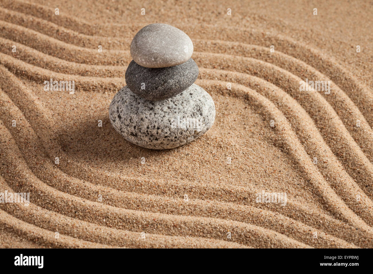 Peaceful Zen Garden Raked Sand Stock Photos & Peaceful Zen Garden ...