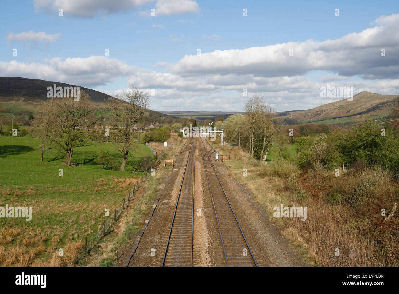 Railway line looking towards Edale in the Peak District National Park England UK - Stock Image