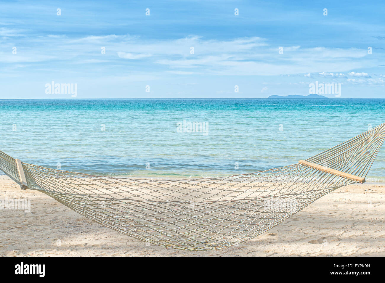 f12d360ea79 Empty Hammock Stock Photos   Empty Hammock Stock Images - Alamy