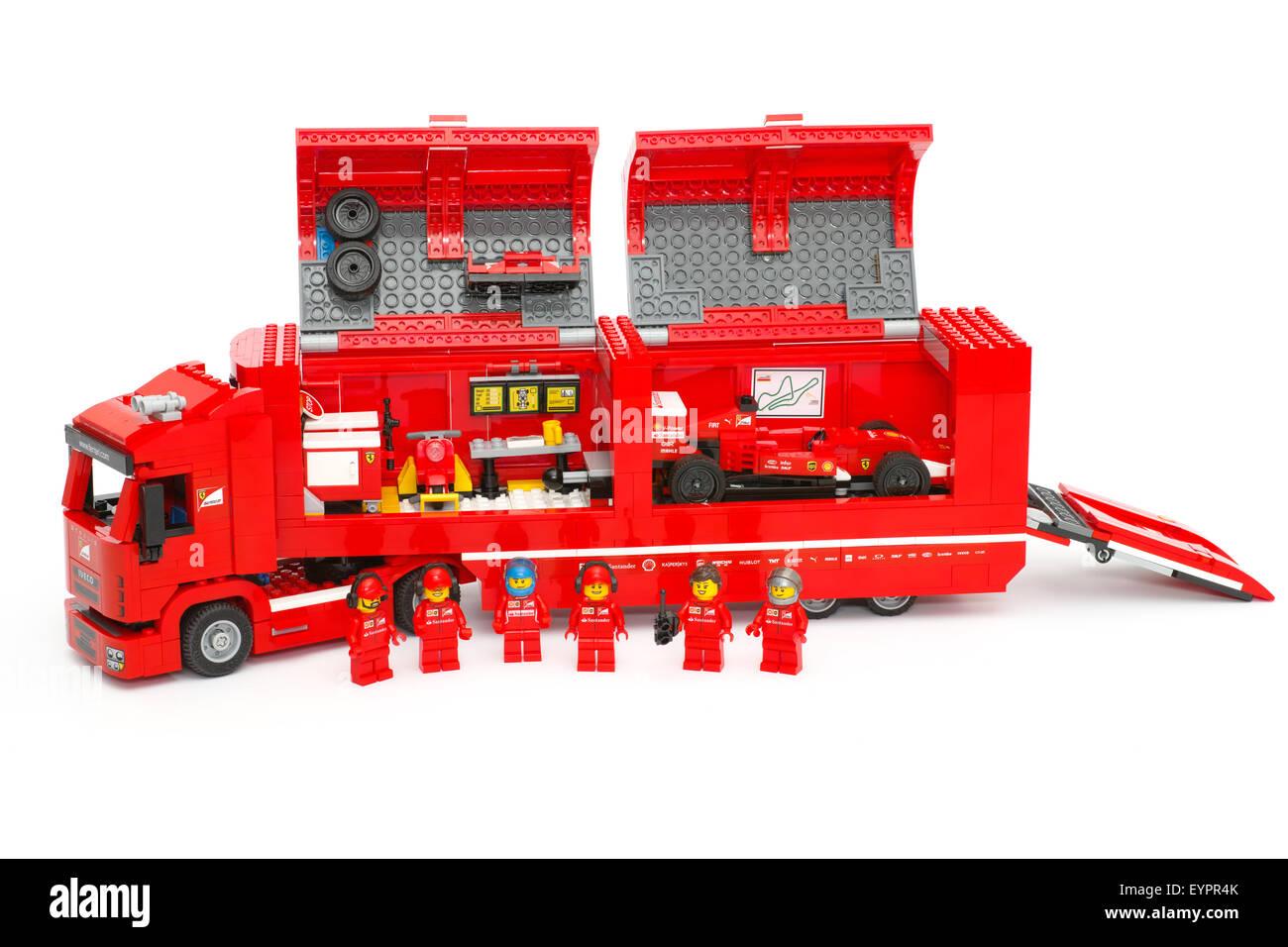 Lego F14 T U0026 Scuderia Ferrari Truck With Race Car Inside And Team Crew  Members By