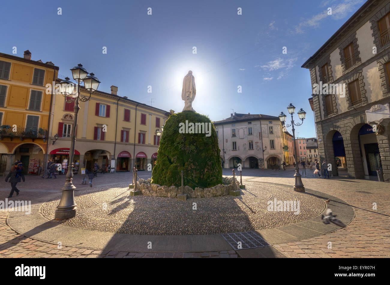 Italy, Lombardy, Lago DIseo, Iseo, Garibaldi square - Stock Image