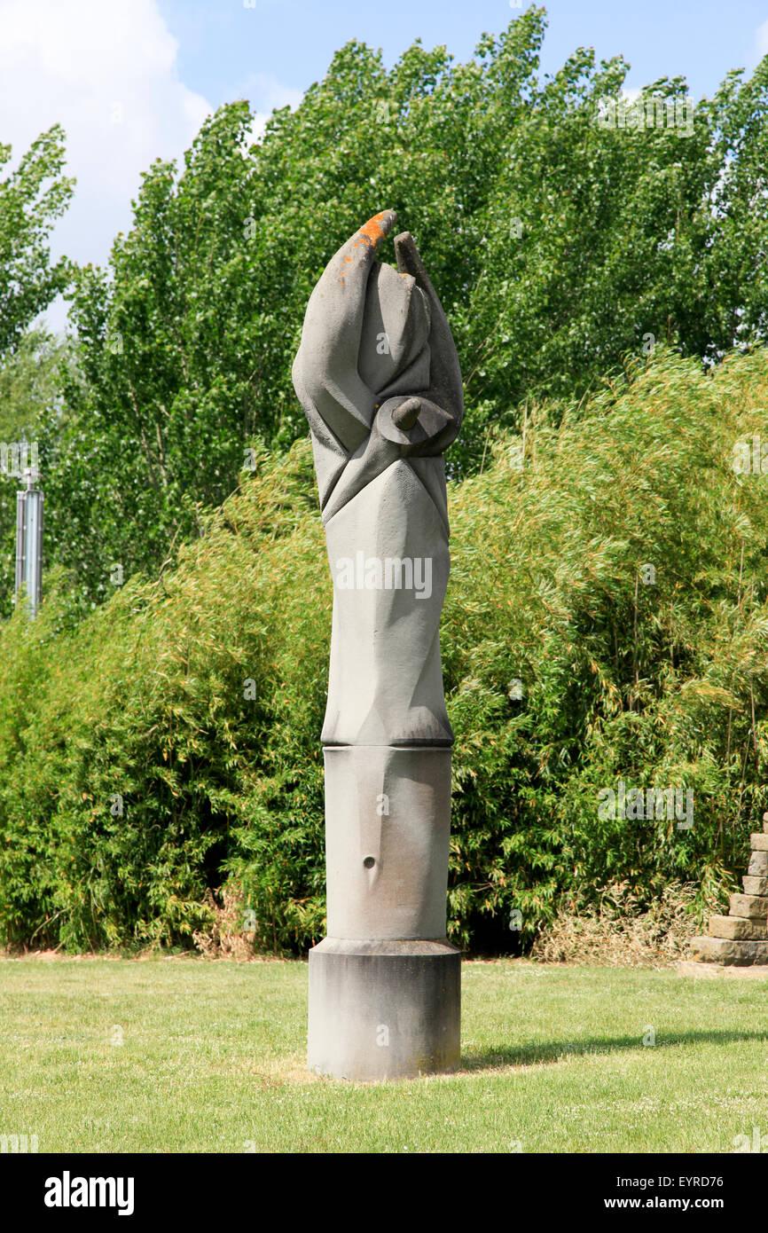 Campo del Sole Sculpture Garden, Tuoro sul Trasimeno, Umbria, Italy - Stock Image