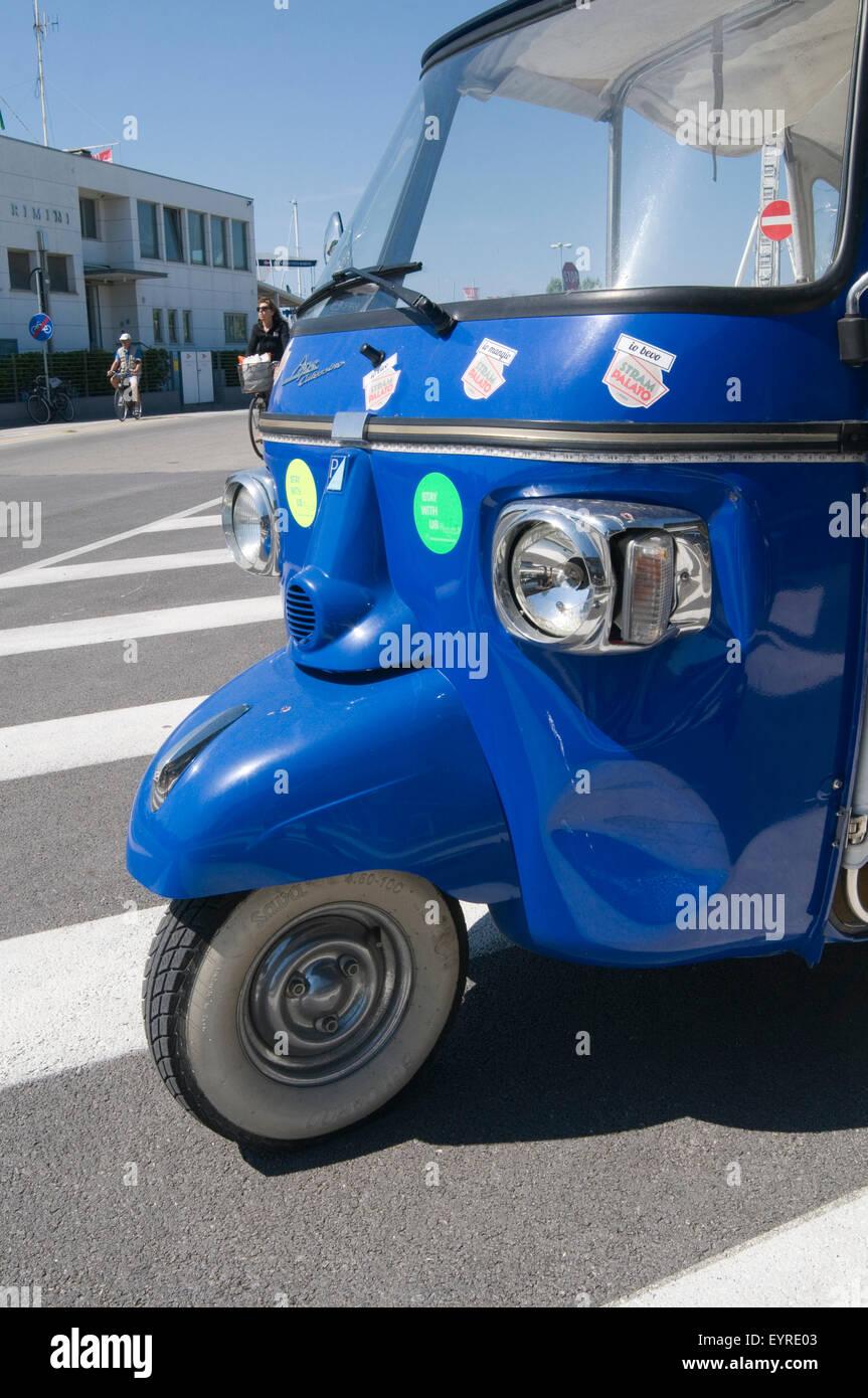 Piaggio Ape Calessino Autorickshaw Rickshaw Tuk Tuk Tuktuk Stock