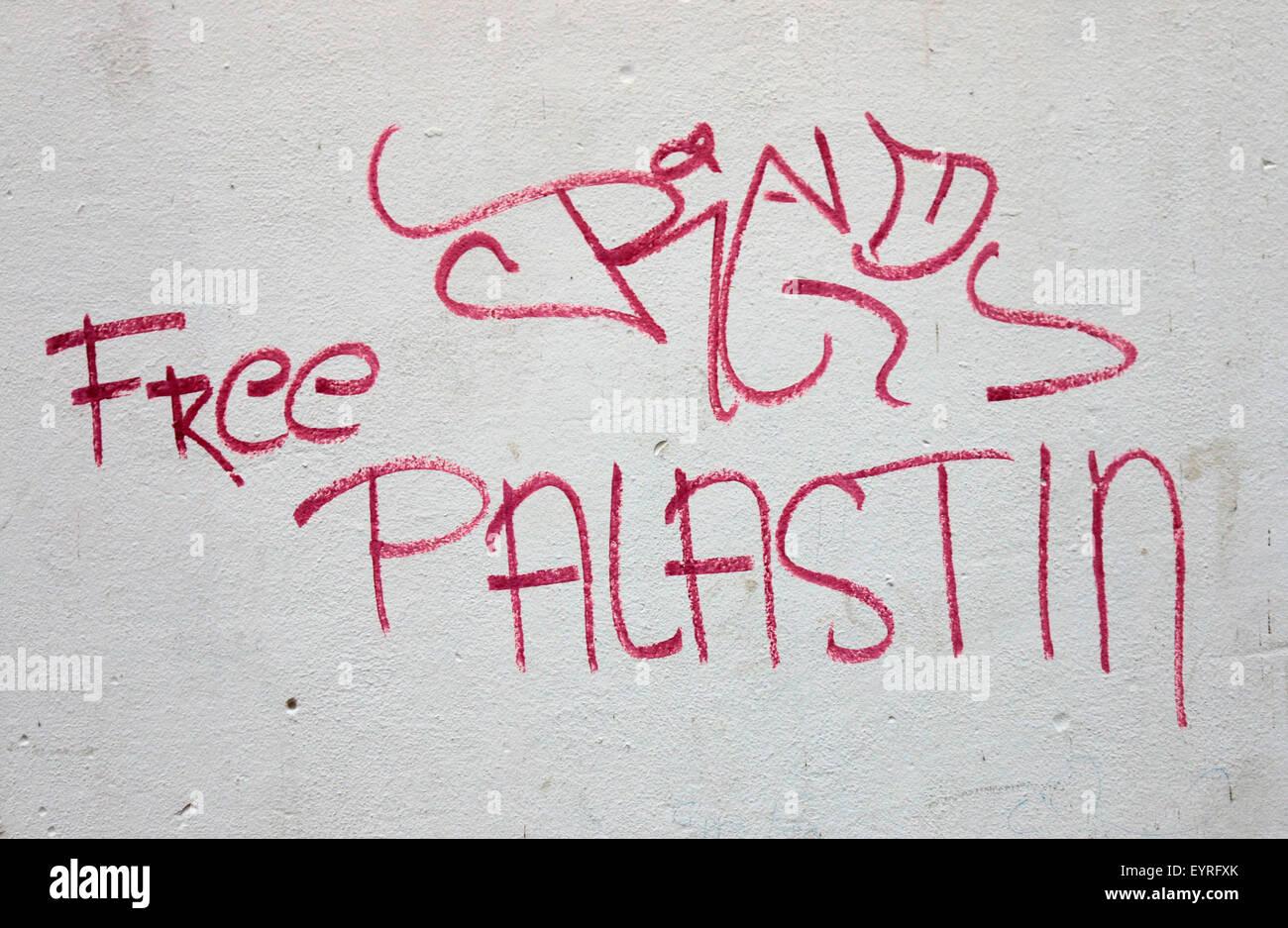 politischer Slogan 'Free Palestine', Berlin. - Stock Image