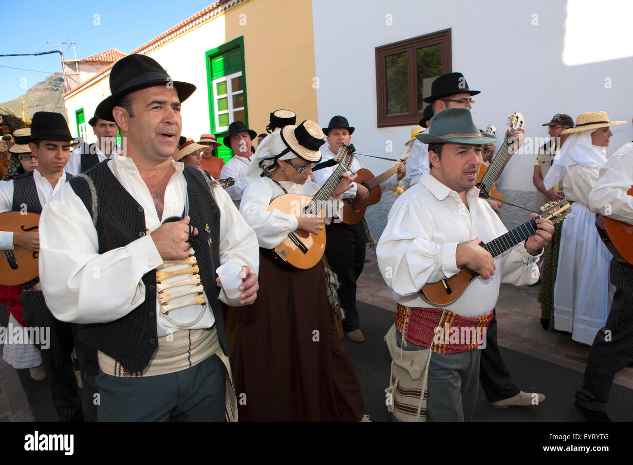 Musicians and dancers in Canary national costumes Romeria San Antonio de Abad Arona Tenerife Canary Islands  sc 1 st  Alamy & Musicians and dancers in Canary national costumes Romeria San Stock ...