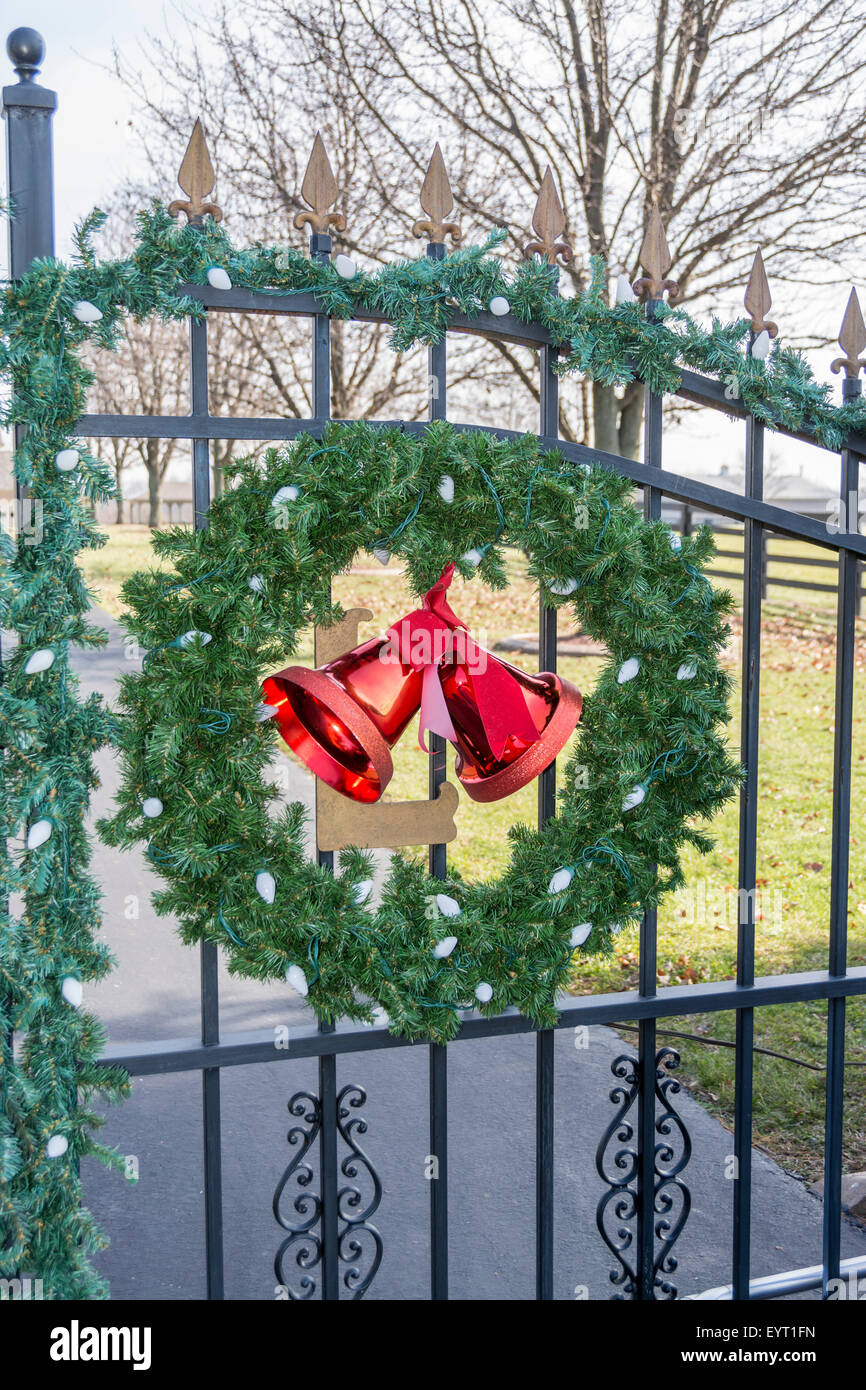 Christmas Wreath On The Gate To A Horse Farm In Kentucky Usa Stock Photo Alamy