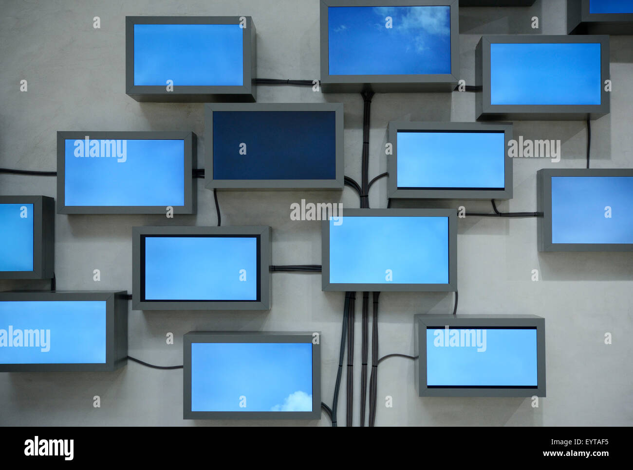 Tv Monitor Wall Stock Photos & Tv Monitor Wall Stock Images - Alamy