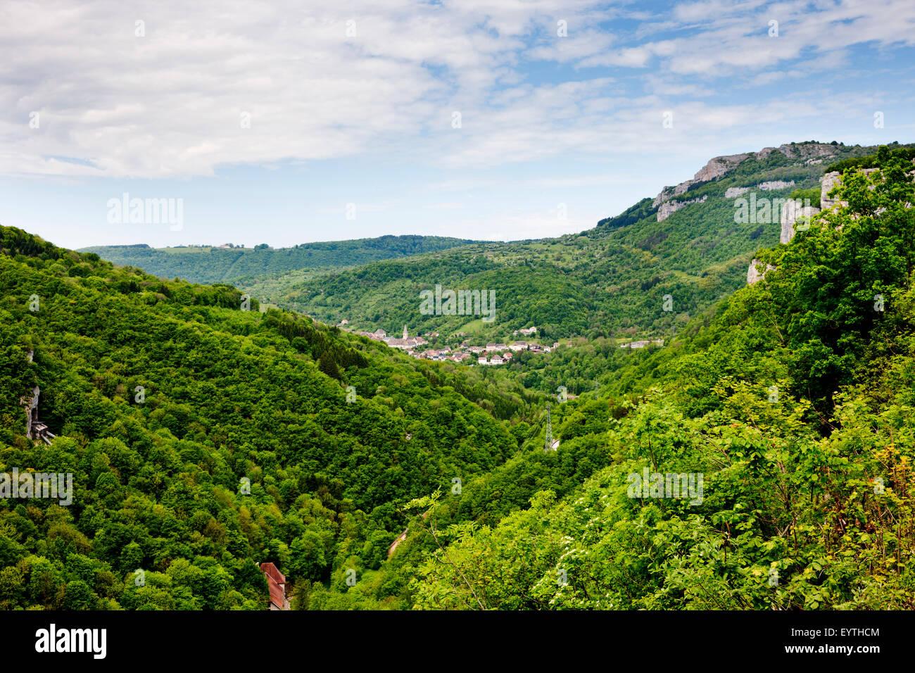 Loue valley near Mouthier-Haute-Pierre - Stock Image