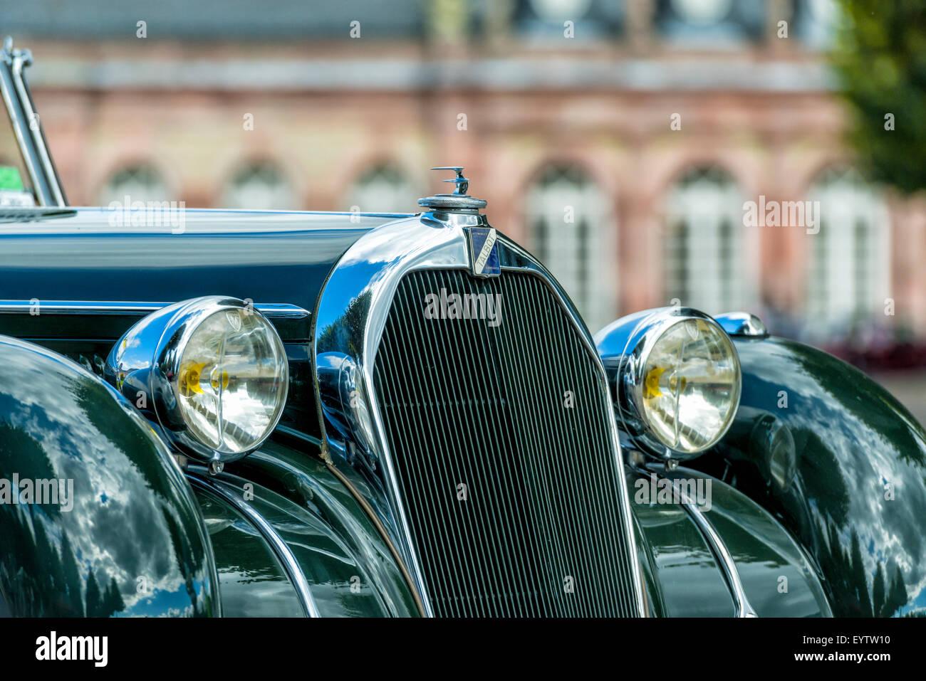 Schwetzingen, Baden-Wurttemberg, Germany, cooler and bonnet of Talbot QT 41, construction year 1937, Classic gala - Stock Image