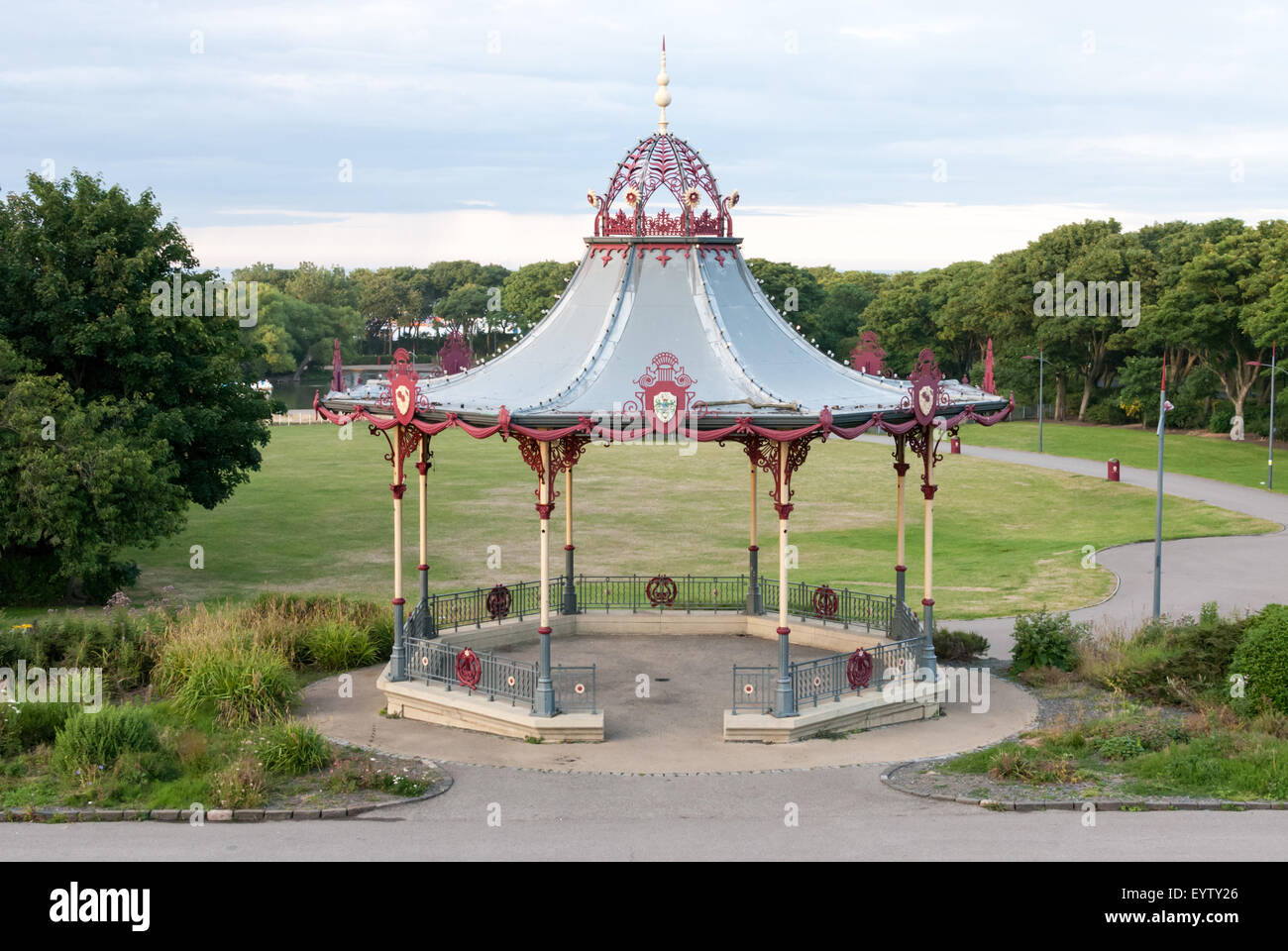 The Bandstand, located in South Marine Park, South Shelds. A replica of the original created by Macfarlane's - Stock Image
