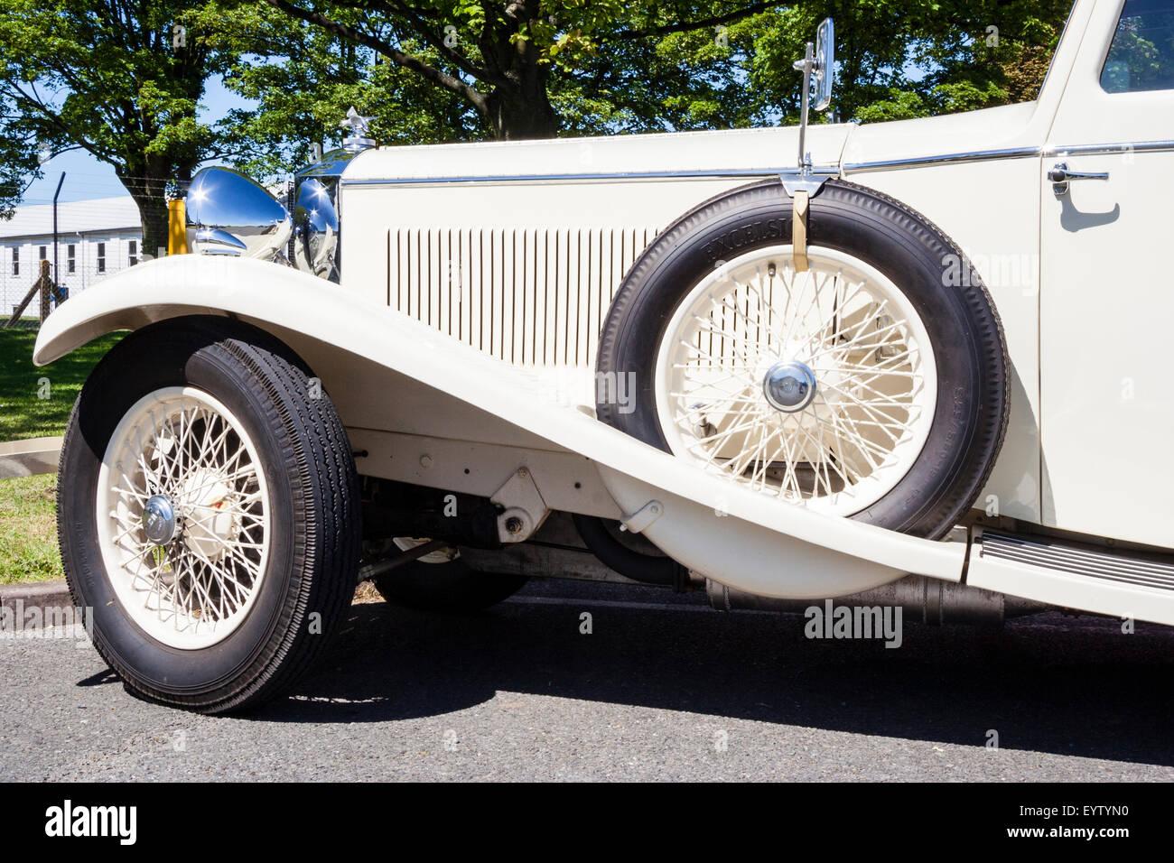 Classic Car Bonnet Stock Photos & Classic Car Bonnet Stock Images ...