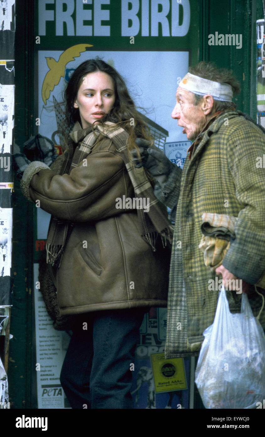 Twelve Monkeys ; Year : 1995 USA ; Director : Terry Gilliam ; Madeleine Stowe ; Photo: Phil Caruso - Stock Image