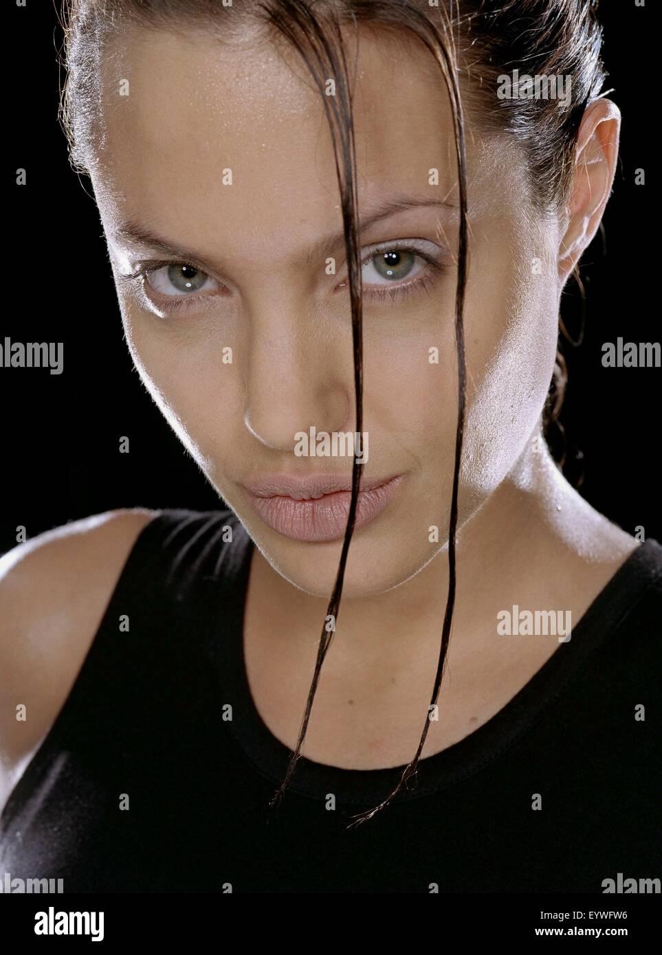 Lara Croft: Tomb Raider ; Year : 2001 - USA ; Director : Simon West ; Angelina Jolie - Stock Image