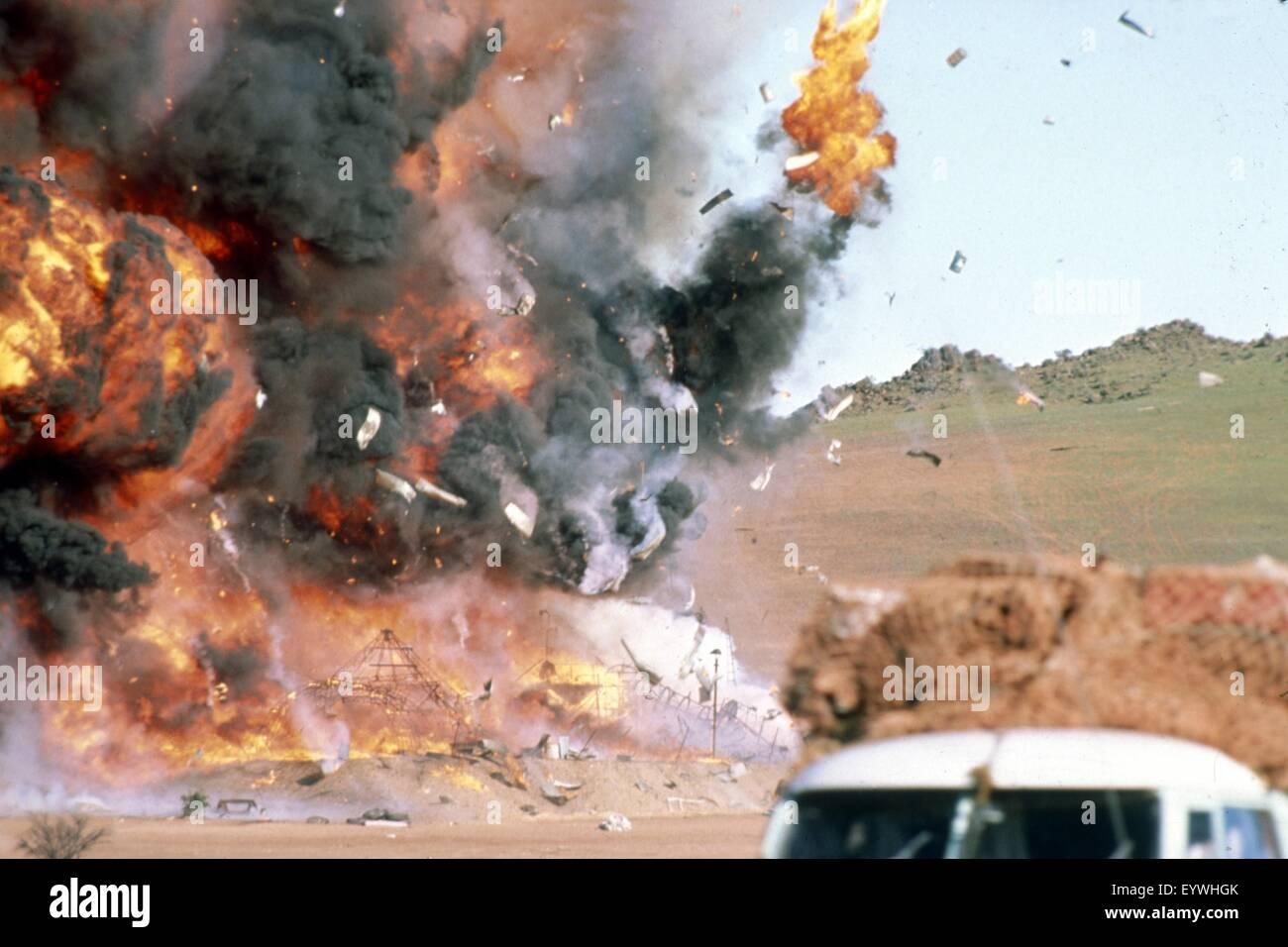 Mad Max II: The Road Warrior ; Year : 1981 Australia ; Director : George Miller ; Photo: Carolyn Johns - Stock Image