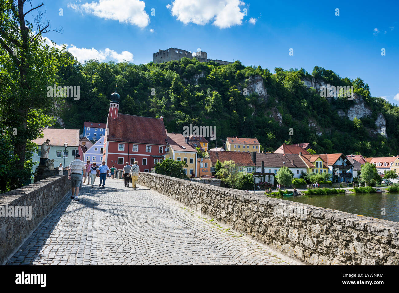 Kallmuenz Castle above medieval houses in the center of Kallmuenz on the Naab, Bavaria, Germany, Europe - Stock Image