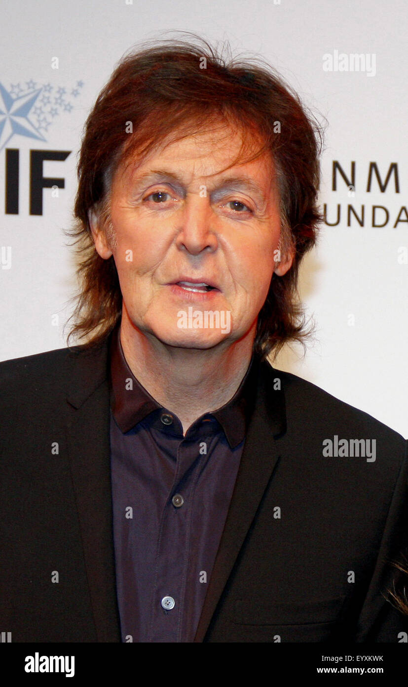 Sir Paul McCartney at the 23rd Annual Simply Shakespeare held at the Broad Stage in Los Angeles on September 25, - Stock Image