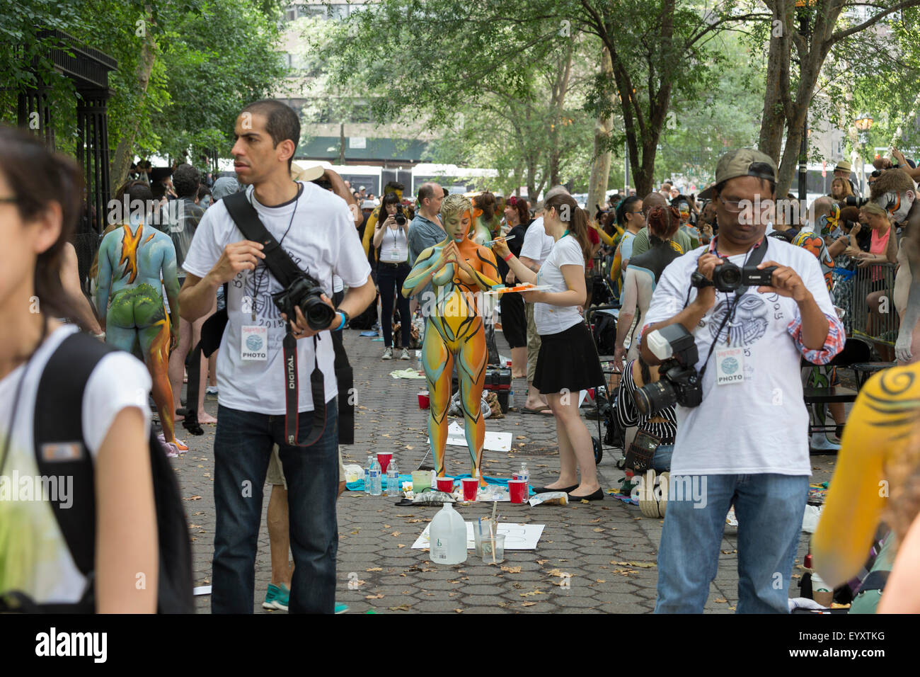New York, NY USA - July 18, 2015: Models and artists work ...