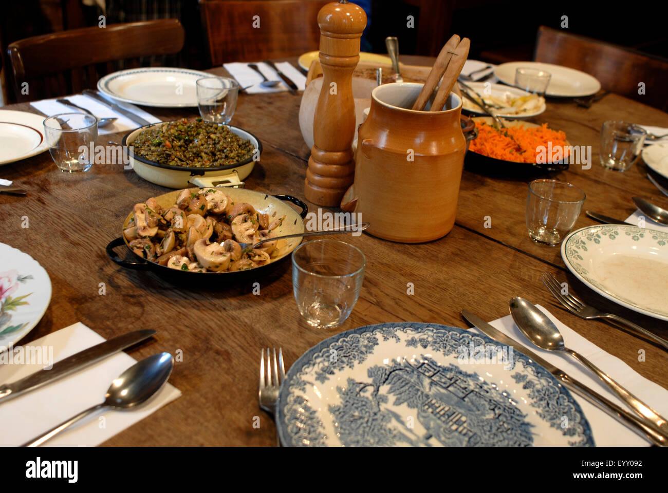 Restaurant Chez Navarre Grande Rue Nazareth Toulouse France - Stock Image