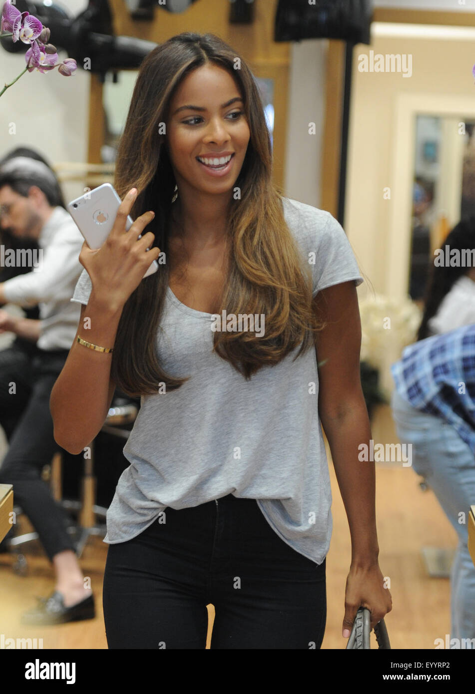 Rochelle Humes at Inanch London hair salon  Featuring: Rochelle Humes Where: London, United Kingdom When: 04 Jun - Stock Image