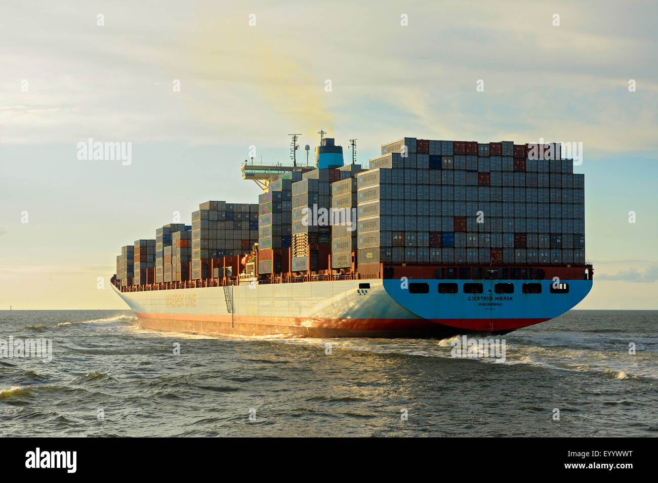 cargo ship in the Elbe estuary, Germany, Lower Saxony, Cuxhaven - Stock Image