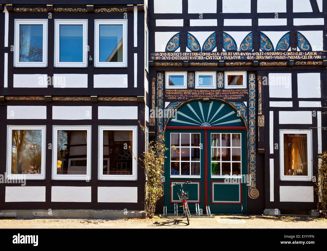 timber-framed vestibule house in the historic old town of Wiedenbrueck, Germany, North Rhine-Westphalia, East Westphalia, - Stock Image