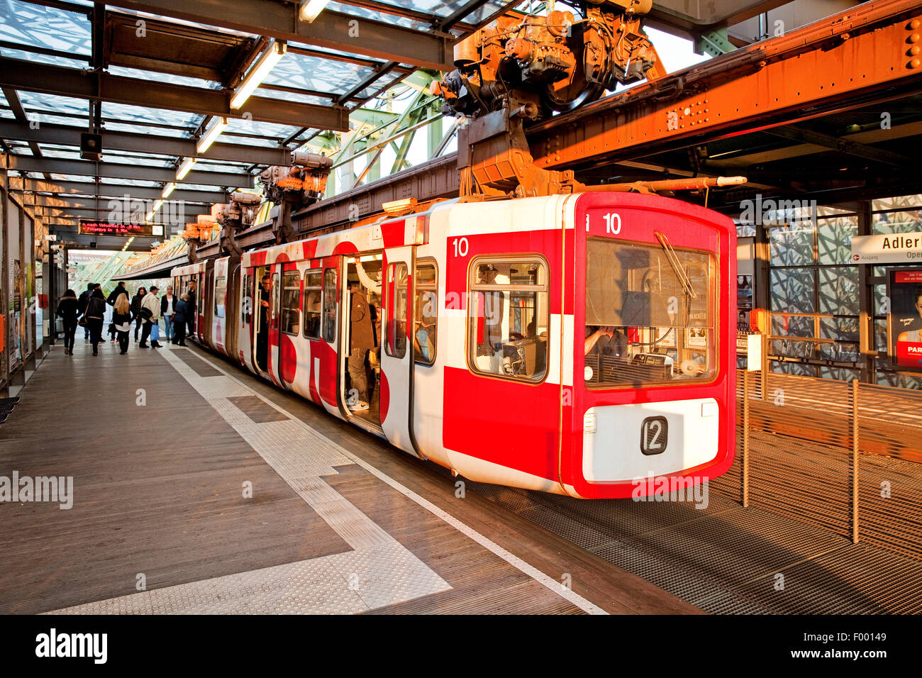 Wuppertal Suspension Railway at stopover Adlerbruecke, Germany, North Rhine-Westphalia, Bergisches Land, Wuppertal - Stock Image