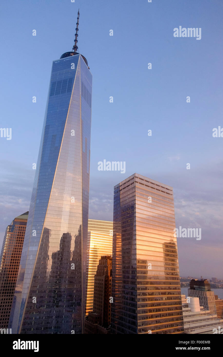 One World Trade Centre During A Sunrise In Summer New York Ny Usa Stock Photo Alamy