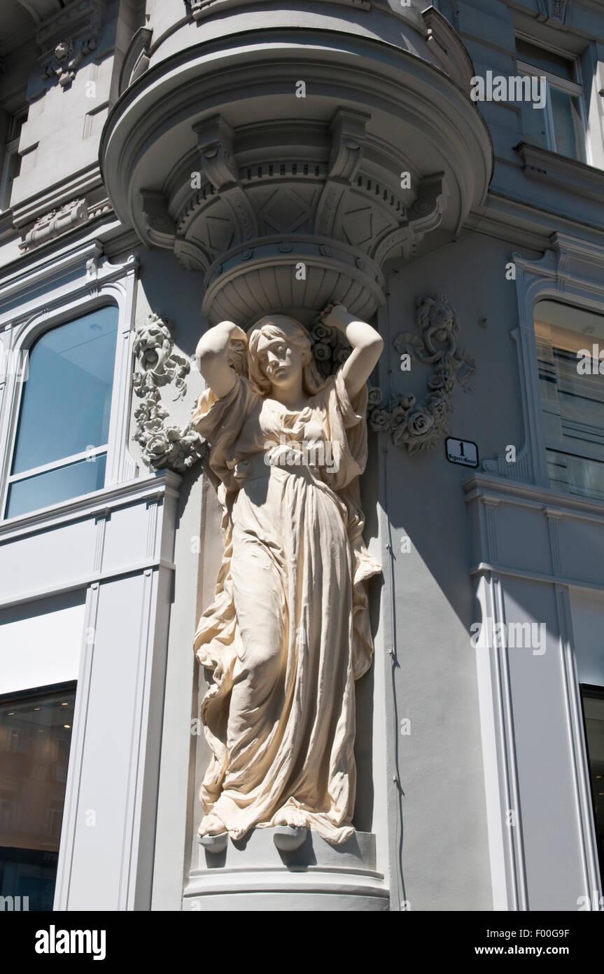 A Jugendstil style Caryatid decorating the corner of a building on Bognergasse, Vienna, Austria - Stock Image